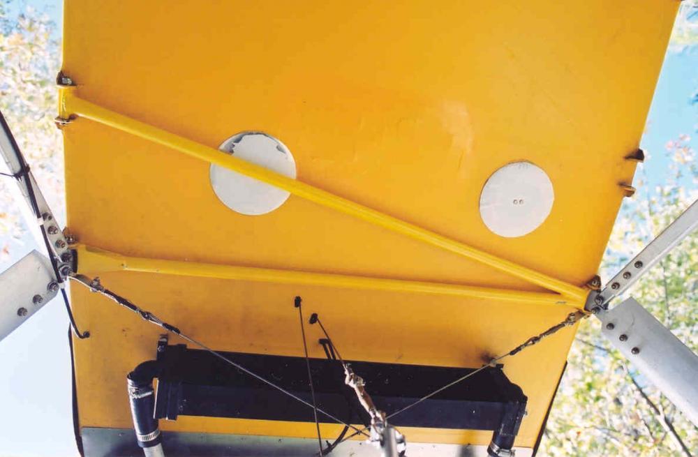 65001 undercarriage fuselage brace.jpg