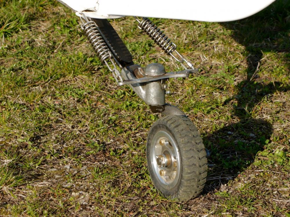 tailwheel 1.jpg