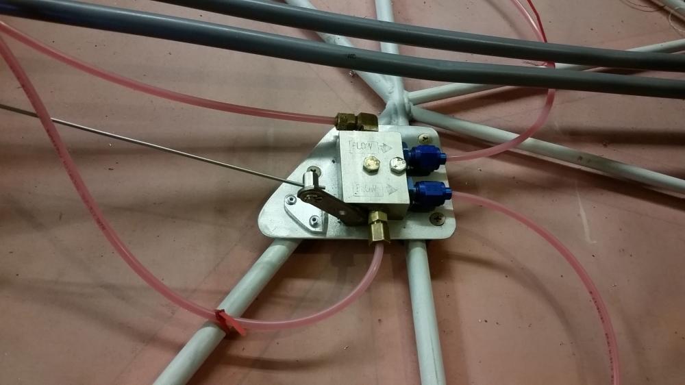 brake valve 1.jpg