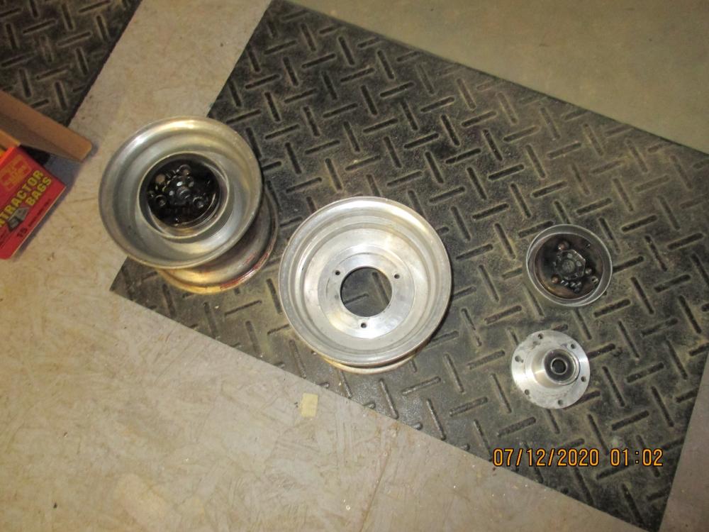Brakes and wheels 002.JPG